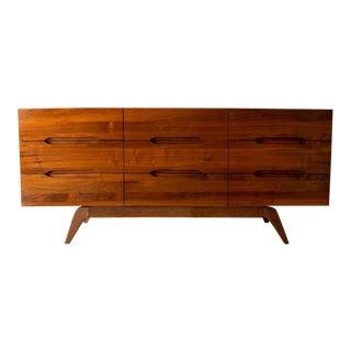 1960s Mid-Century Modern Walnut 9-Drawer Dresser