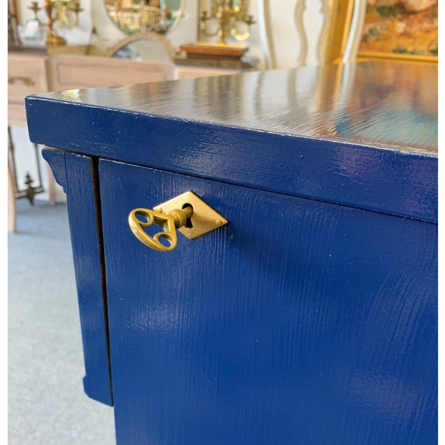 20th Century Hollywood Regency Navy Blue Lacquered Bar Cabinet For Sale - Image 9 of 13