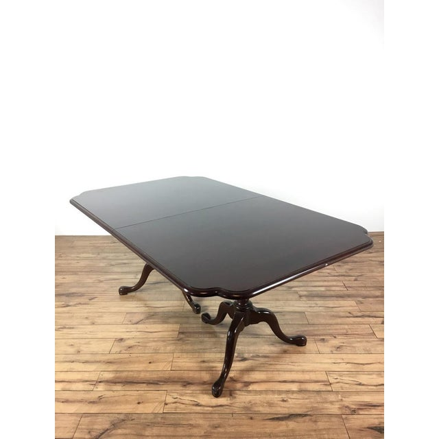 Federal Federal Style Mahogany Dining Table For Sale - Image 3 of 7