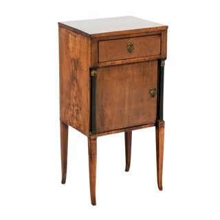 Early 19th Century Neoclassical Italian Cabinet For Sale