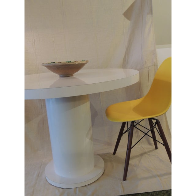White Vintage White Formica Circular Dining Table For Sale - Image 8 of 9