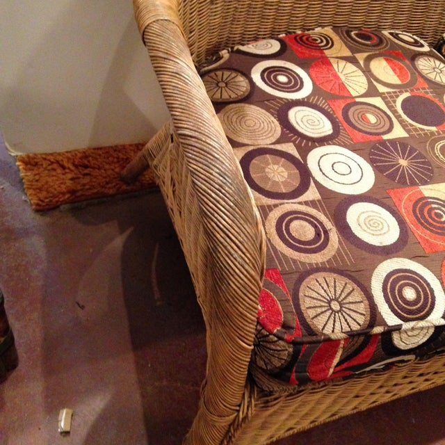 20th Century Country Wicker Settee With Groovy Fabric For Sale - Image 4 of 8