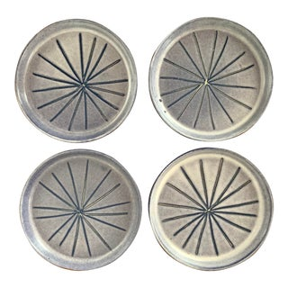 1960s Mid-Century Modern Ceramic Dishes From Bennington Potters - Set of 4 For Sale