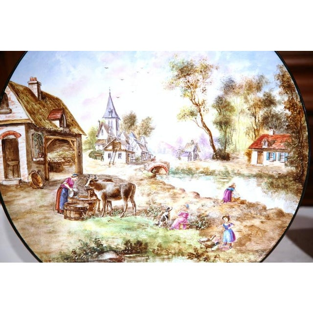 Early 20th Century French Hand-Painted Faience Wall Plates - A Pair For Sale In Dallas - Image 6 of 10
