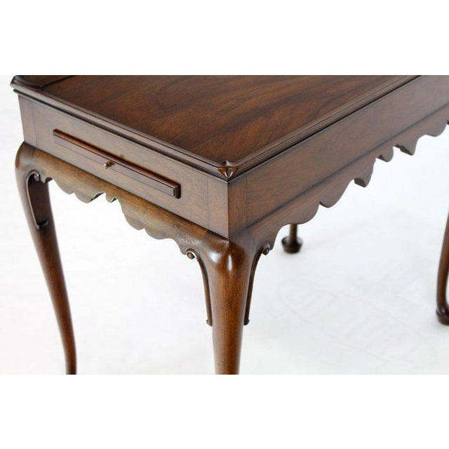 Brown 1970s Queen Anne Kittinger Cw-8 Mahogany Tea Table For Sale - Image 8 of 13