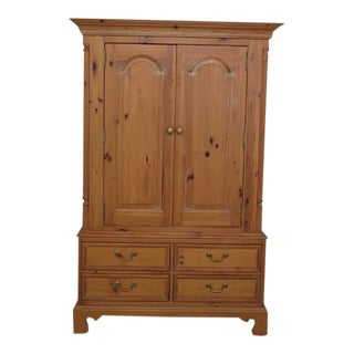 Thomasville Natural Pine Two Door Linen Cabinet Armoire