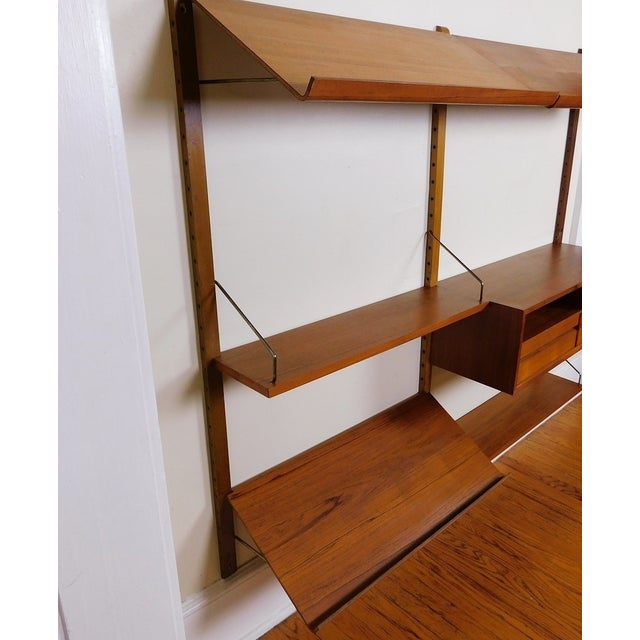 Danish Modern Teak Floating Adjustable Desk Wall Unit Bookcase by Carlo Jensen for Hundevad & Co For Sale In New York - Image 6 of 9