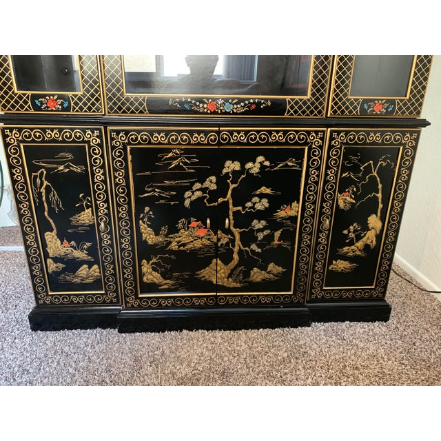 Vintage Mid-Century Asian Display Cabinet For Sale In Los Angeles - Image 6 of 9