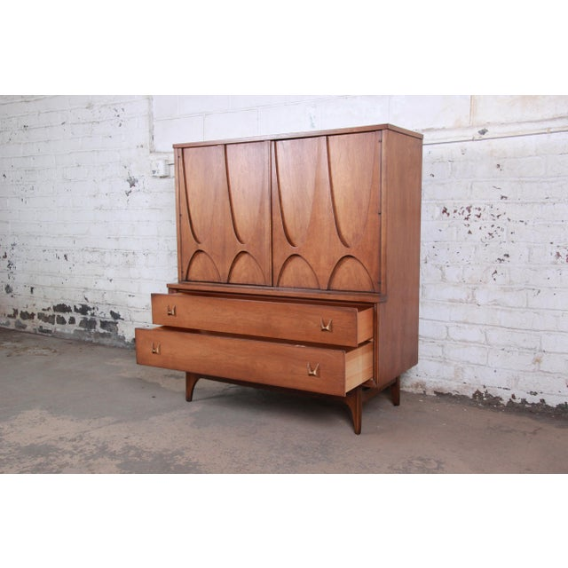 Gold Broyhill Brasilia Mid-Century Modern Sculpted Walnut Gentleman's Chest For Sale - Image 8 of 13