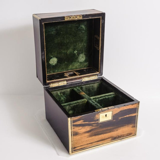 English Traditional Cellarette box For Sale - Image 3 of 8