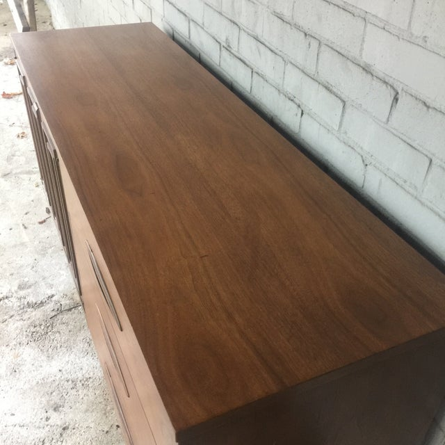 1960s Mid Century Modern Sculptra Broyhill Buffet For Sale - Image 10 of 13