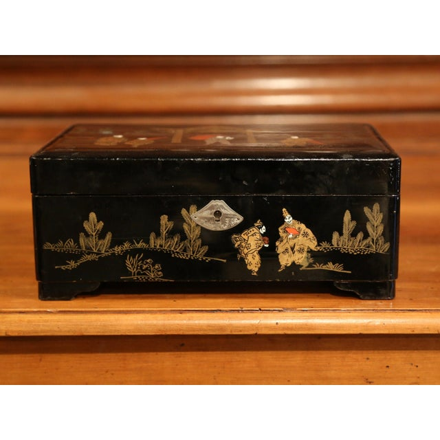 19th Century French Black Lacquered Make Up Music Box With Chinoiserie Decor For Sale - Image 4 of 9