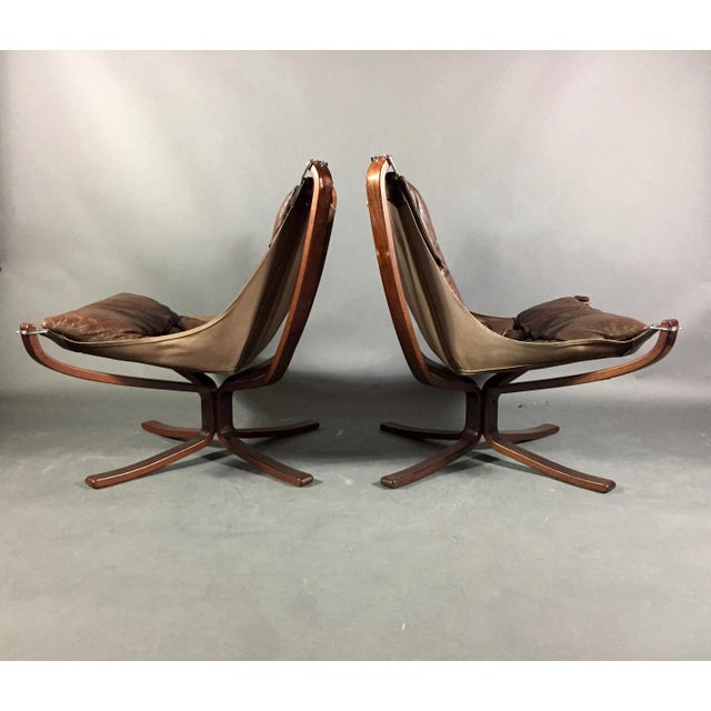 Animal Skin Pair Sigurd Ressell Low-Back Falcon Chairs, Norway 1970s For Sale - Image 7 of 11