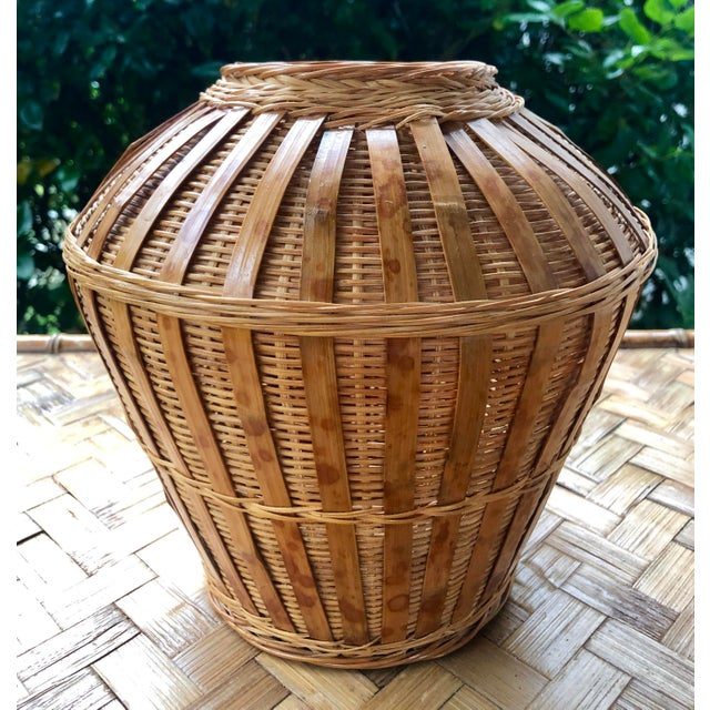 Vintage Mid-Century Natural Woven Wicker Rattan Basket Urn For Sale - Image 9 of 9