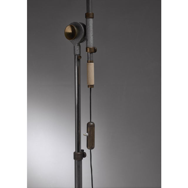Large 1950s adjustable metal floor lamp that can reach to 155 inch height For Sale - Image 6 of 6