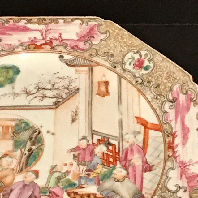 18th Century 18th Century Chinese Export Famille Verte Octagonal Plate For Sale - Image 5 of 13