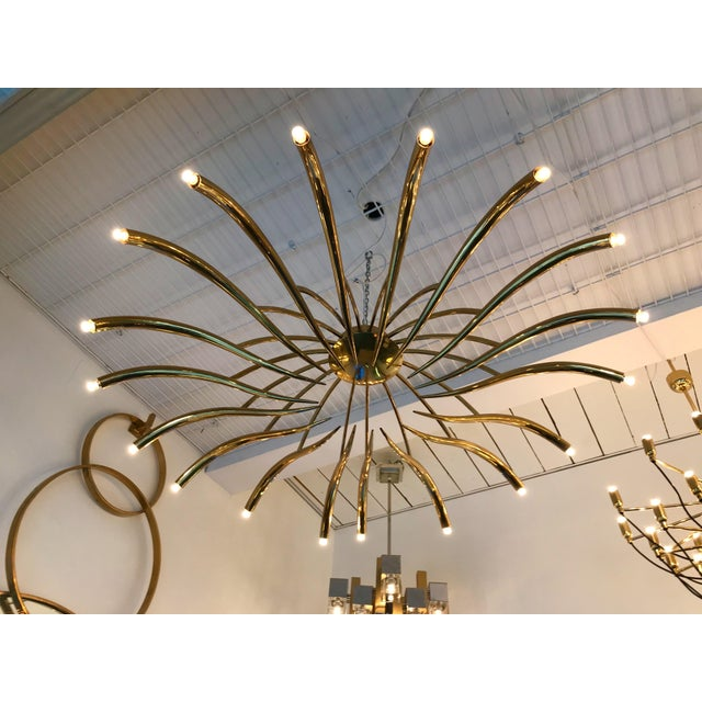 1960s Brass Ceiling Chandelier Model 391 by Oscar Torlasco for Lumi, Italy, 1960s For Sale - Image 5 of 10