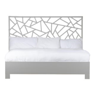 Tiffany Bed King - Light Gray For Sale