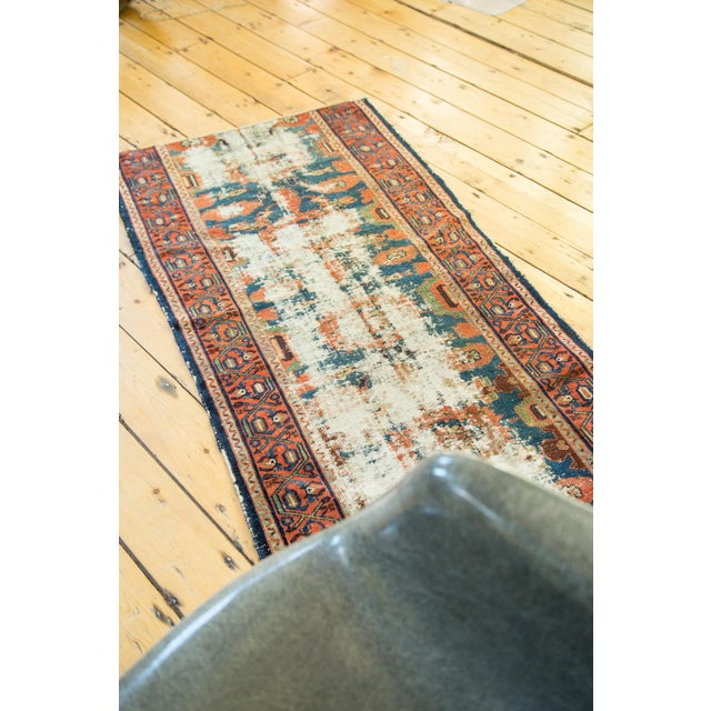 "Antique Lilihan Rug Runner - 2'8"" x 5'11"" - Image 7 of 10"