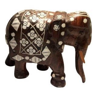 20th Century Anglo-Indian Carved Rosewood and Bone Inlaid Elephant Figurine For Sale