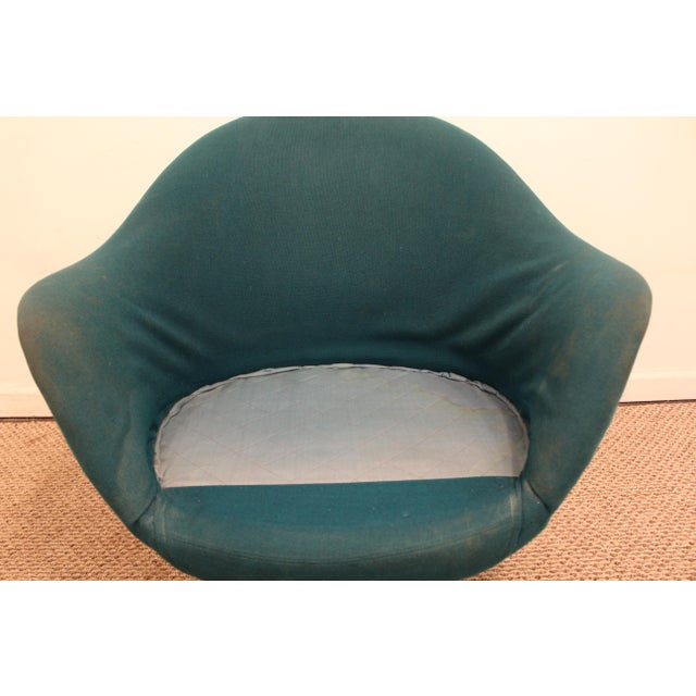 Turquoise Danish Mid-Century Modern Overman Style Swivel Chrome Base Pod Chair For Sale - Image 8 of 11