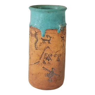 1980s Judy Art Pottery Vase With Incised Navajo American Indian Design For Sale