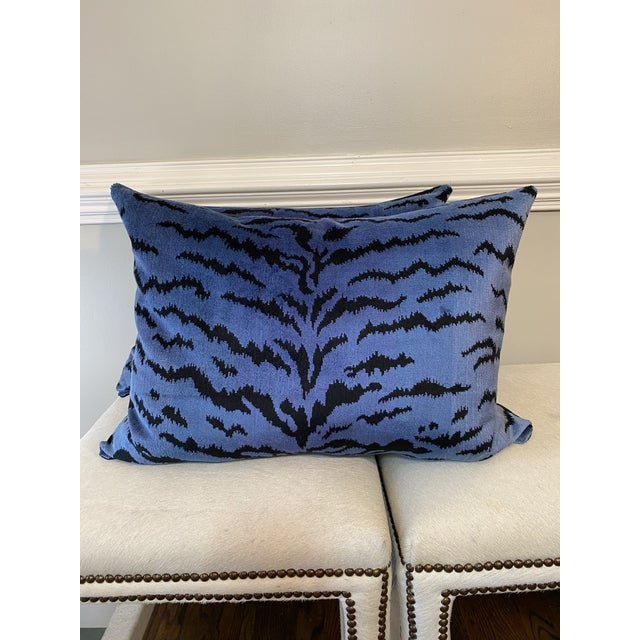 """Transitional Scalamandre """"Tigre Blues & Black 18""""x24"""" Pillows-A Pair For Sale - Image 3 of 5"""