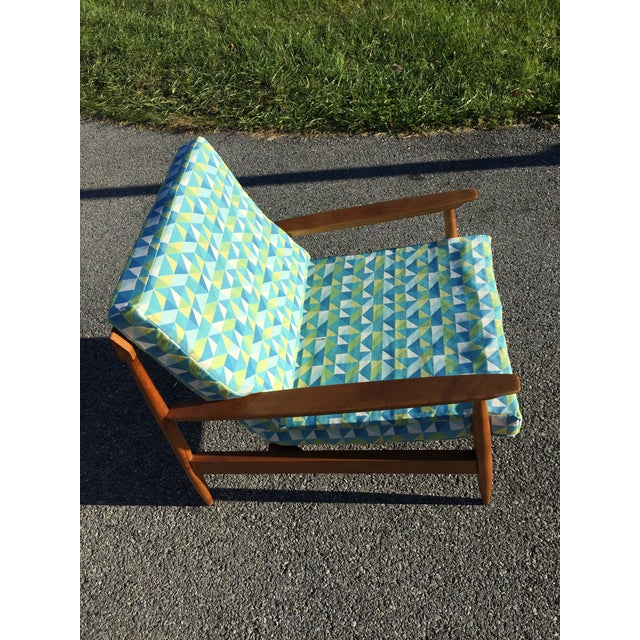 White Knoll Antimott Lounge Chair For Sale - Image 8 of 13