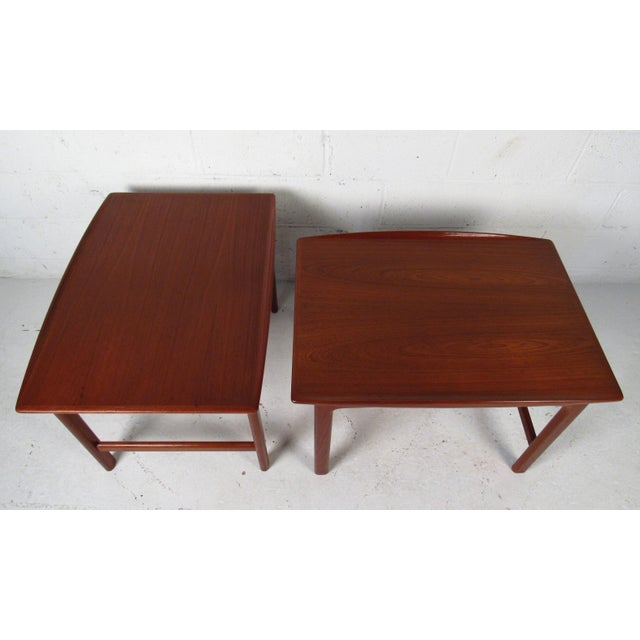 Mid-Century Modern Pair of Vintage Modern Sculpted Teak End Tables For Sale - Image 3 of 11