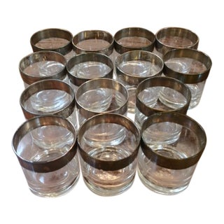 1950s Vintage Dorothy Thorpe Scotch Glasses- Set of 14 For Sale