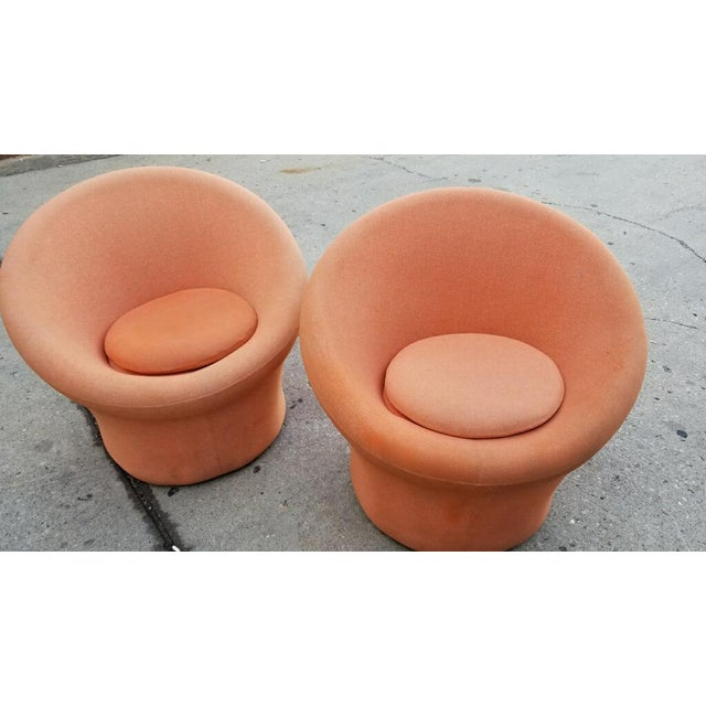 Contemporary 1960s Vintage Pierre Paulin for Artifort Mushroom Lounge Chairs - A Pair For Sale - Image 3 of 7