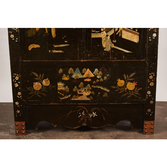 Early 19th Century Rare Pair of 18th Century Chinese Cabinets For Sale - Image 5 of 11