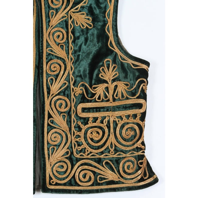 Authentic Ottoman Turkish Vest in Green Velvet For Sale In Los Angeles - Image 6 of 9