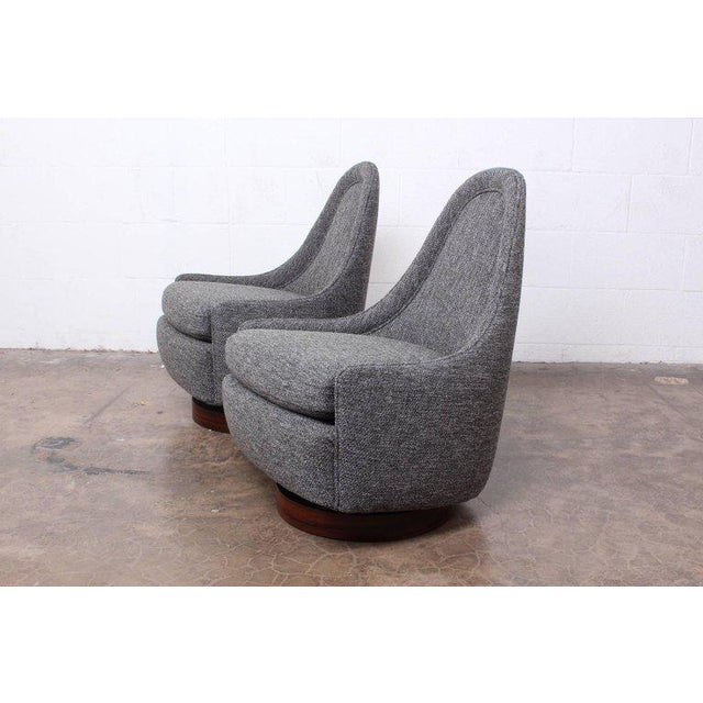 1960s Pair of Petite Rocking Swivel Chairs by Milo Baughman For Sale - Image 5 of 13