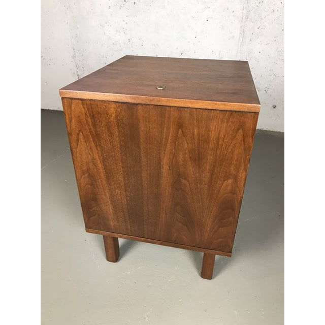 1960s Mid-Century Modern 1960's Petite Low Chest in Walnut by Jens Risom For Sale - Image 5 of 11