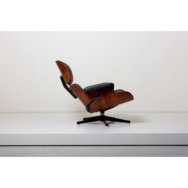 1960s Classic Lounge Chair by Ray and Charles Eames for Herman Miller, 1970s For Sale - Image 5 of 12