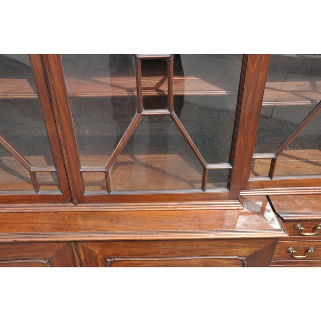 Period 18th Century George III Mahogany Breakfront Bookcase For Sale - Image 4 of 7