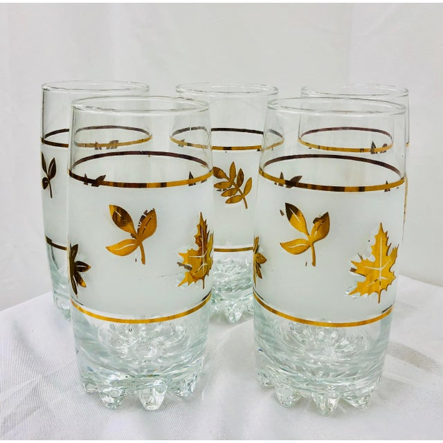 Mid 20th Century Vintage Mid-Century Gold Leaf High Ball Cocktail Tumbler Glasses - Set of 5 For Sale - Image 5 of 5