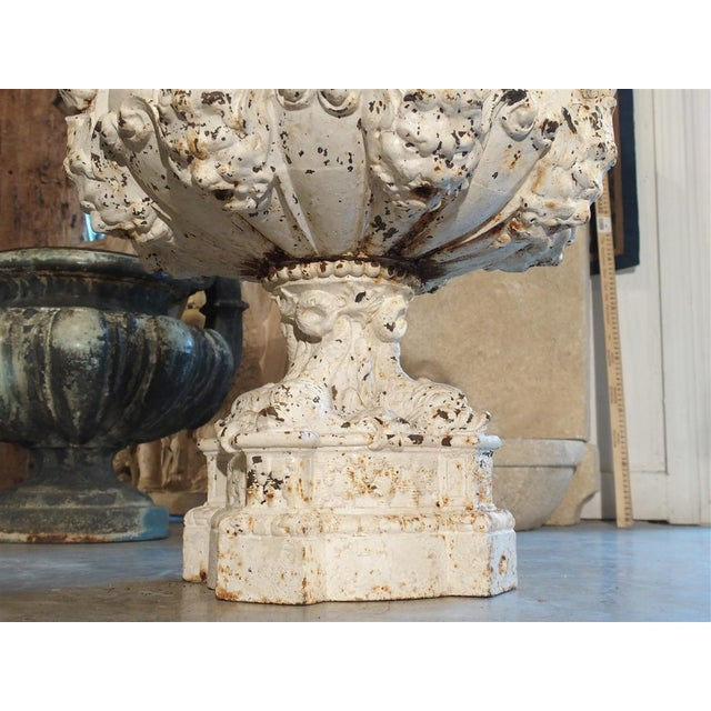 19th Century 8-Spout Painted Cast Iron Fountain Element From France For Sale - Image 10 of 12