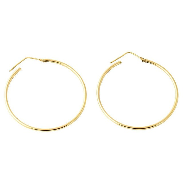 Gold 20th Century Italian 18k Gold Hoop Earrings - a Pair For Sale - Image 8 of 8