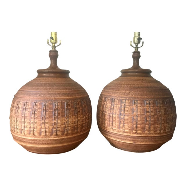 Bob Kinzie for Affiliated Craftsman Pottery Lamps - A Pair For Sale