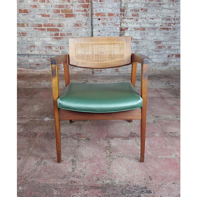 Gunlocke 1960s Mid Century Modern Cane Back Arm Chairs -Set of 4 For Sale - Image 4 of 11