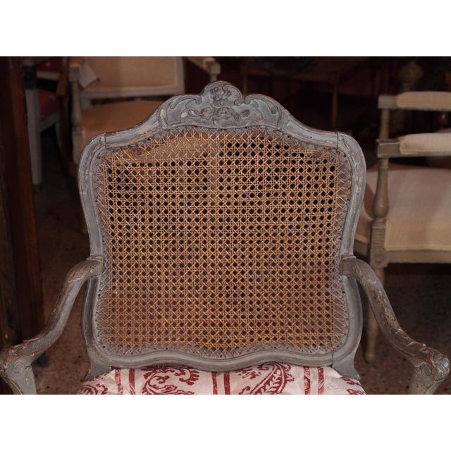 18th Century Painted Regence Chair For Sale In New Orleans - Image 6 of 8