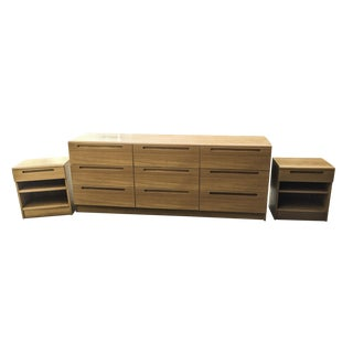 1970s Mid-Century Modern Bedroom Dresser and Nightstand Set - 3 Pieces For Sale