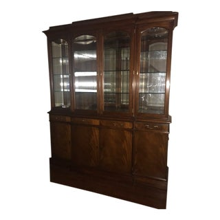 Traditional Heikel Harris Breakfront/China Cabinet For Sale