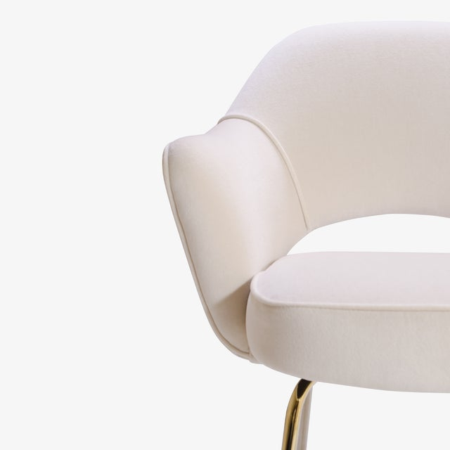 Fabric Saarinen Executive Arm Chairs in Crème Velvet, 24k Gold Edition - Set of 6 For Sale - Image 7 of 11