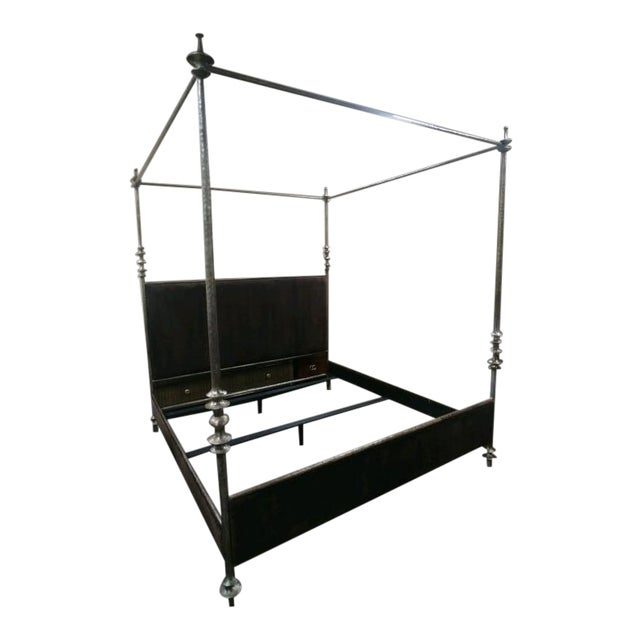Henredon Furniture 1945 Collection Lafayette Queen Metal Canopy Bed For Sale