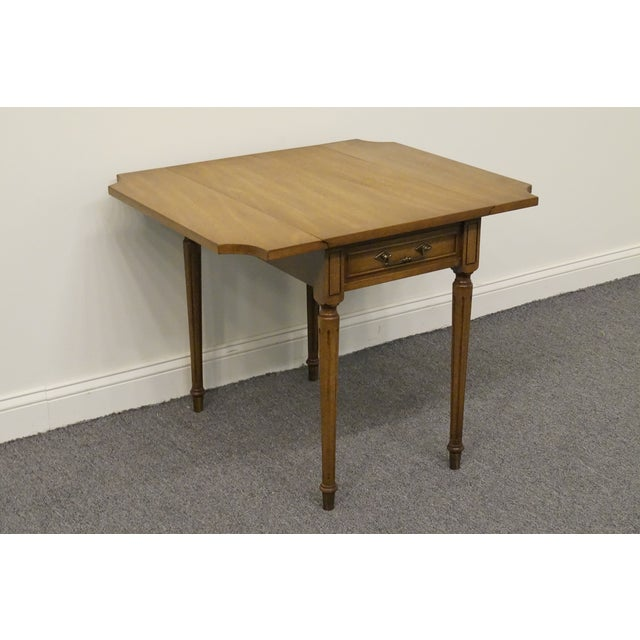 Late 20th Century 20th Century Traditional Columbia Manufacturing Mahogany Pembroke End Table For Sale - Image 5 of 13