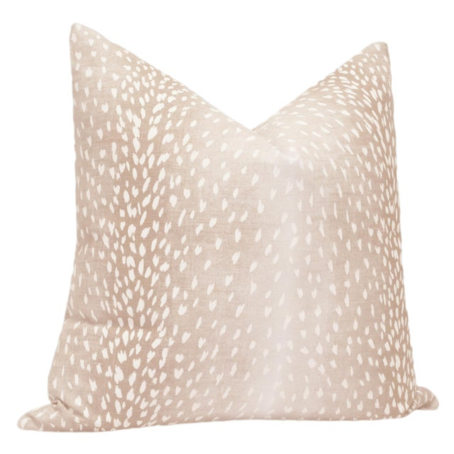 """Contemporary 22"""" Blush Antelope Linen Print Pillows - a Pair For Sale - Image 3 of 5"""