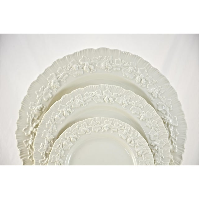 English Traditional 1950s Wedgwood Embossed Queensware Dinner Service- 40 Pieces For Sale - Image 3 of 4